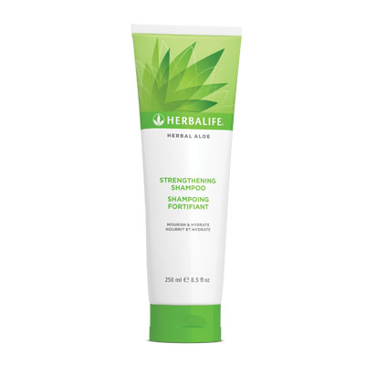 Herbal Aloe Strengthening Shampoo - 250 ml